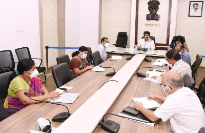 On 03.11.2020 District Collector conducted review on YSR Kanti Velugu, Sadaran Camps, Serosurveillance and AarogyaSri with DMHO, DCHS,Superintendent GGH, DC AarogyaSri and other officers at collectorate, Kakinada. Joint Collector(D) participated.