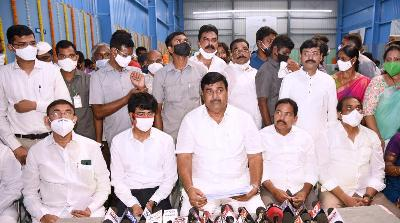 On 03.11.2020 Honourable Deputy Chief Minister inaugurated Dr. YSR Indoor Stadium at Ramarao Peta and Boat Building Yard at Yetimoga. Honourable Ministers, District Collector, Member of Parliament, Kakinada, Members of Legislative Assembly and other public representative participated.