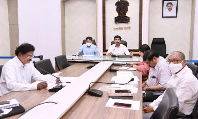 On 02.01.2020 District Collector, Joint Collector(R) and JC(W) conducted Mandal Level review through video conference with All District officers, MPDOs and Tahsildars at collectorate, Kakinada. District Revenue Officer participated.