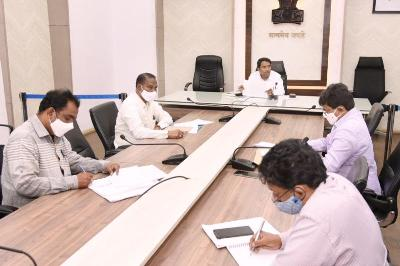 conducted a meeting with Sand open Reaches contractors and line depts, at collectorate, Kakinada.