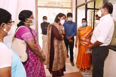 On 21.01.2021 Joint Collector(D), inspected Covid-19 Vaccination Center in GGH, Kakinada. GGH Superintendent participated.