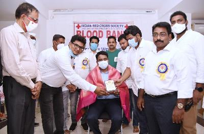 On 01st August, 2021Joint Collector (RB & R) inagurating blood donation camp organized by KKC at IRCS Bhavan, Gadhi nagar, Kakinada and donated blood . District Red Cross Chairman and others participated.