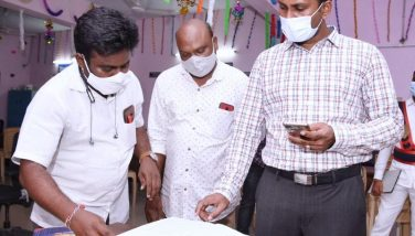 On 01.09.2021 District Collector along with Municipal Commissioner, Kakinada visited the 28th ward secretariat at Tilak Street Kakinada. Additional Commissioner Kakinada Municipal Corporation and other officials were also participated.