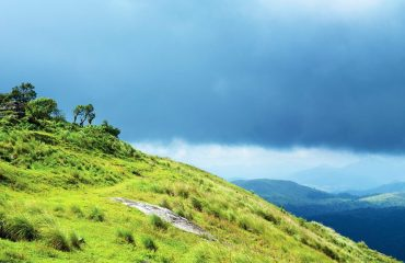 Thekkady Rolling Hills and Dreamy Valleys