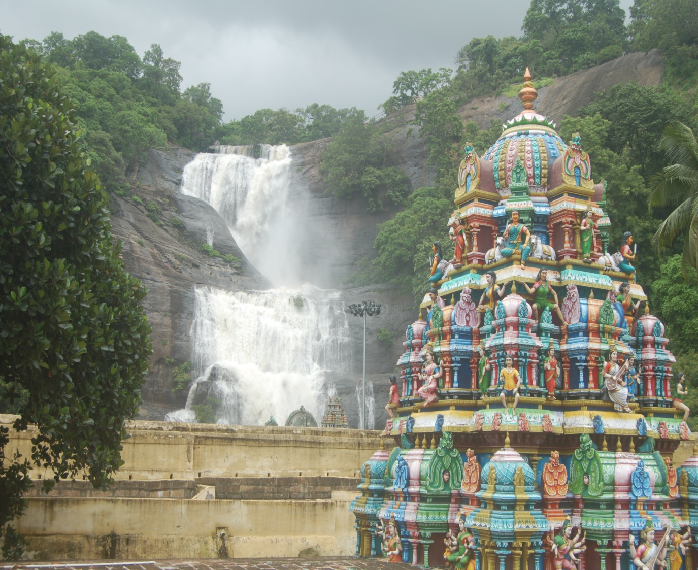 Courtallam temple