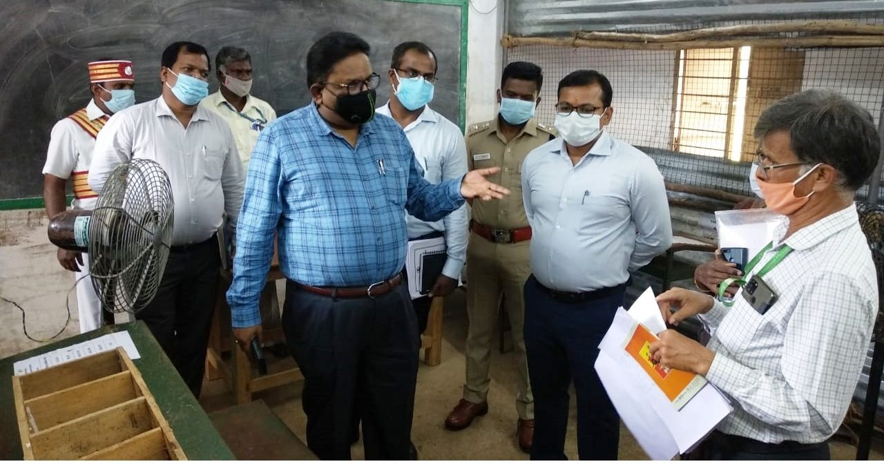 Observer and Collector Inspection Counting Center