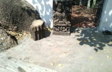 Ancient statue Dhanpur