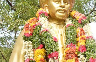 Mahatma Jyothiba Phule Statue