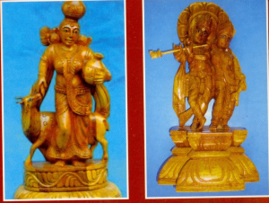 Wood curving works of Srikrishna and modern art saute