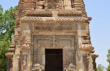 महेशपुर में प्राचीन मंदिर वास्तुकला