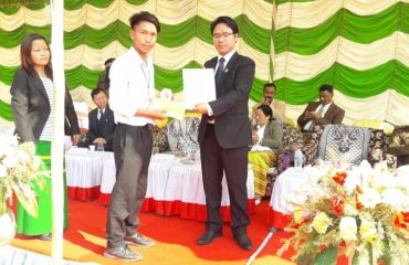 Deputy Commissioner Papum Pare distributed certificates, mementos n cash prize of Rs. 3000/ -winners of essay writing competition under Arunachal Rising Campaign on the occasion of 70th Republic Day (26/1/19) at Yupia.