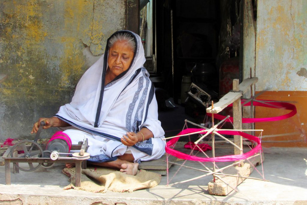 Tant in Bishnupur by a old woman