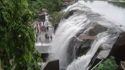 Side View of Thirparappu Falls