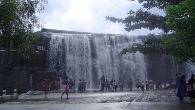 Thirparappu Falls Full View