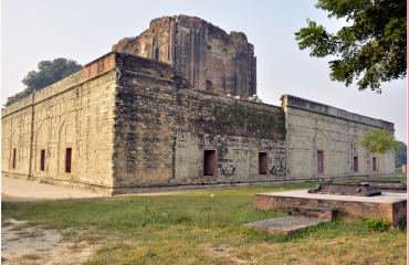 Tomb of Nawab Diler Khan