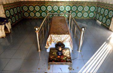 Miran-Sahib-Tomb-Majar