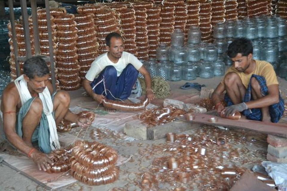 Workers Making Bangles