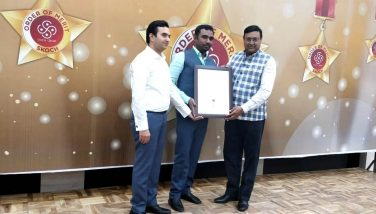 Dc sir recieving SKOCH Award