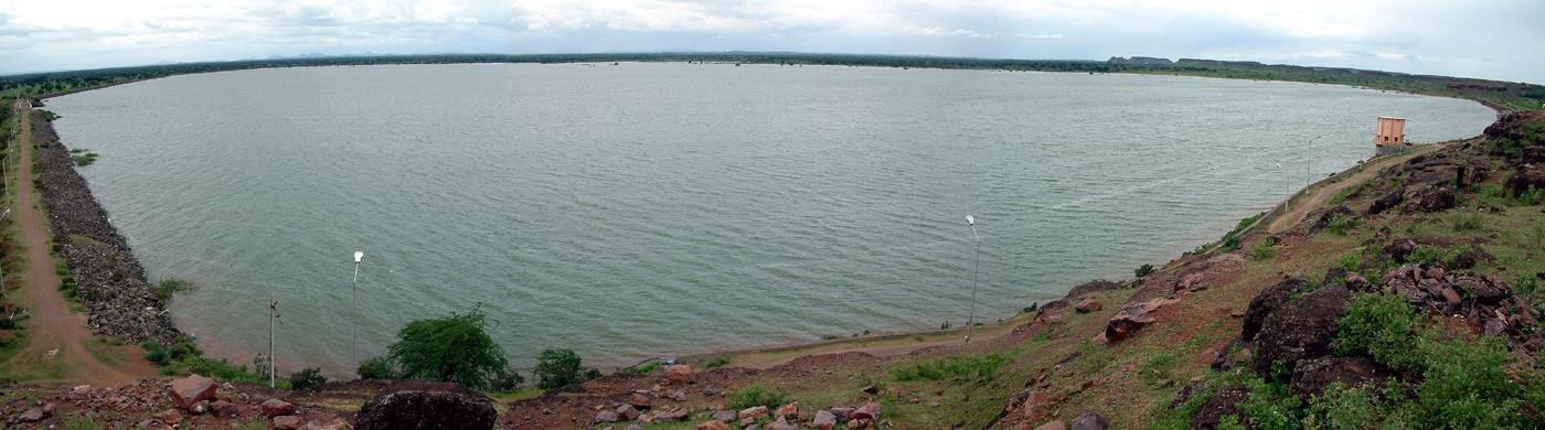 Sonwad Dam.