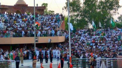 Indo-Pak Retreat Ceremony, Hussainiwala Border