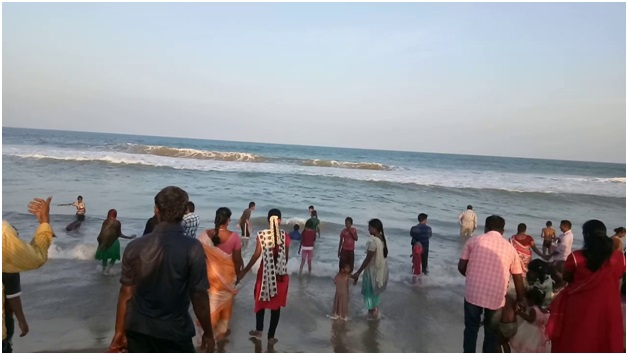 Cuddalore Silver Beach peoples gather