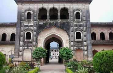 Another-view-of-Gate-No-2-Gulab-Bari