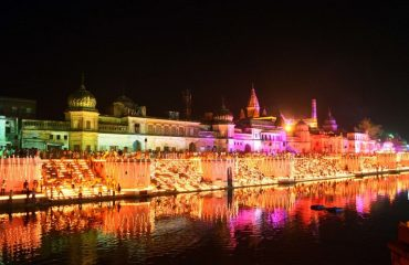 Ram-Ki-Paidi-complex-beautifully-illuminated-in-Night