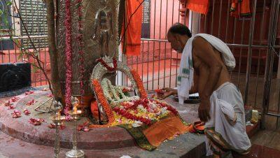 Arulmigu Sadasiva Brahmendral Adhistanam - Jeeva Samadhi.