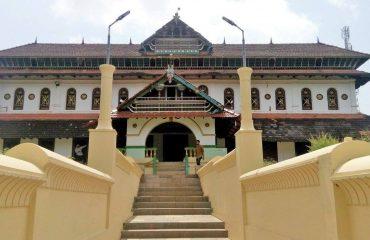 നാദപുരം ജുമാ മസ്ജിദ്