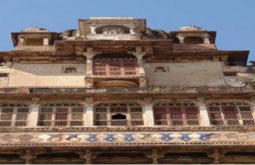 बीर सिंह महल