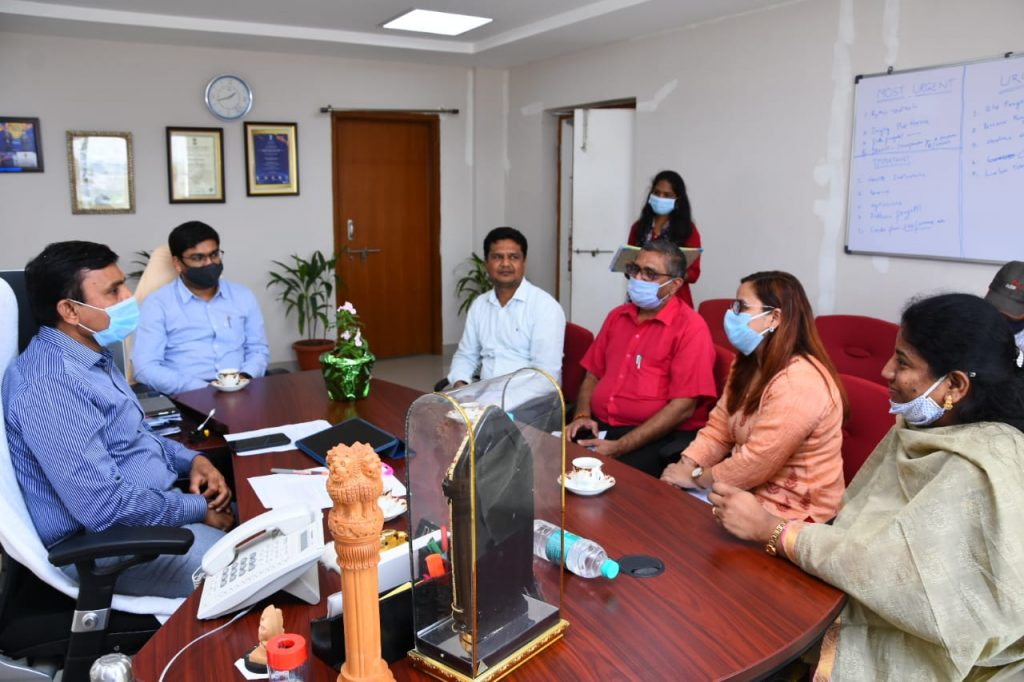 District Collector with WHO Representatives on the occasion of National Tuberculosis Eradication Program.