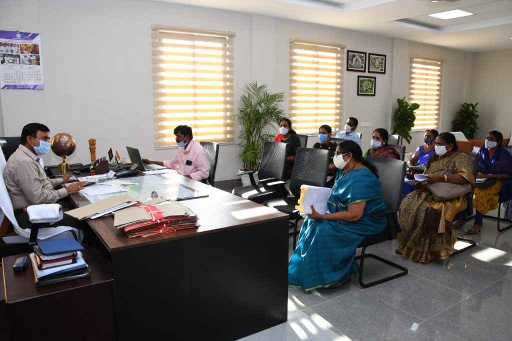 The District Collector reviewed the performance of Operation Muskan under the auspices of the District Women and Child Welfare Departmen