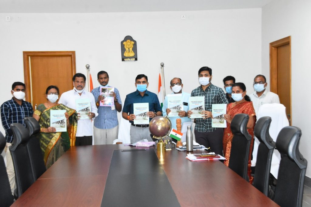 District Collector Unveiled the 2019-20 District Statistical Handbooks Created by the District Chief Planning Office.