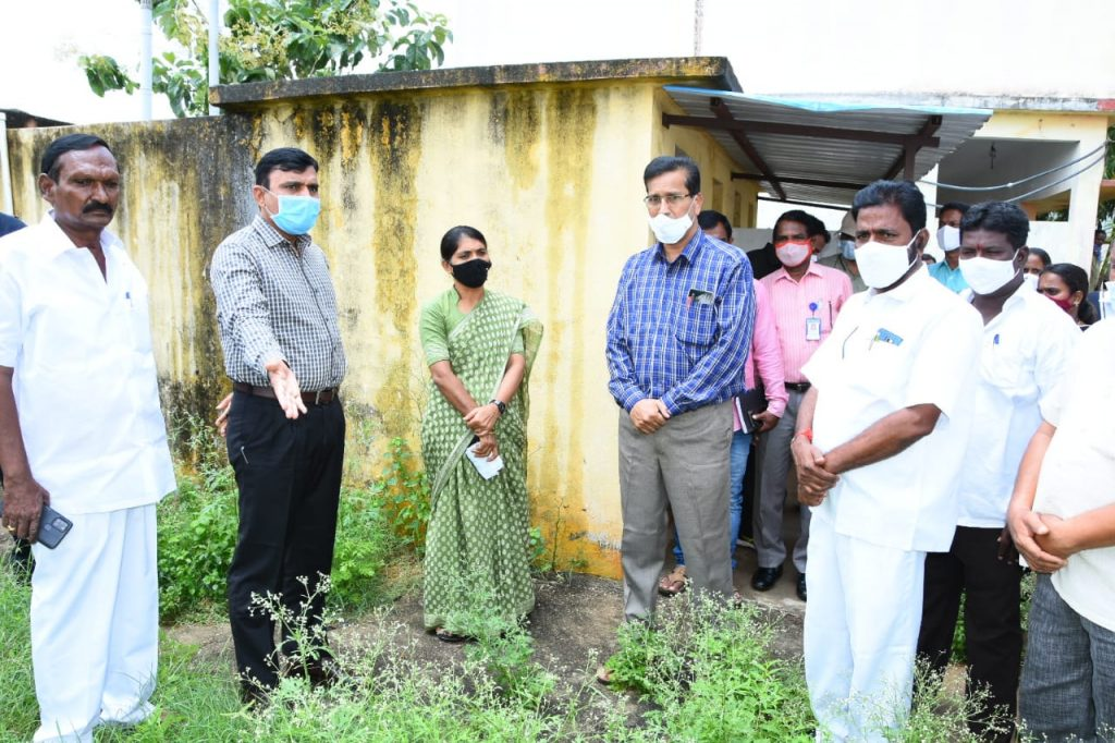 The District Collector visited the government high schools in Domakonda and Bibipeta mandal centers