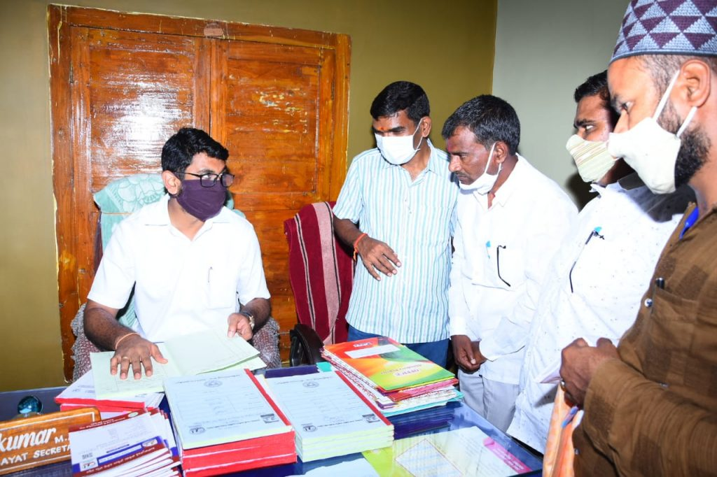 District Collector Jitesh V Patil, IAS visited the Jukkal Mandal MPDO Tahsildar's Offices, Covid Vaccination Center in Kaulas Village and Kaulas Nala Project.