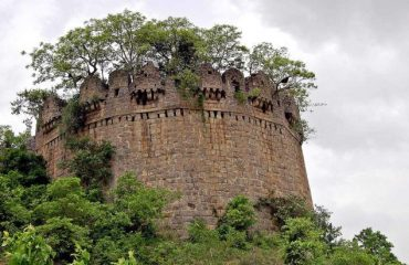 domakonda fort historical place
