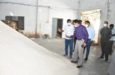 District Collector visited Rice Mills