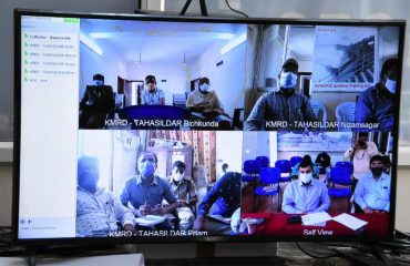 The District Collector observed the covid tests and vaccination programs with the teams through video conference