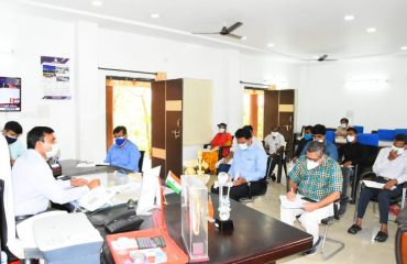 Collector reviewed with the district Officers the steps to be taken for the control of Covid.