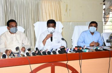 State Roads and Buildings Minister Vemula Prashanth Reddy reviewed the measures being taken to control the Covid, medical assistance being provided to the people and lock-down arrangements