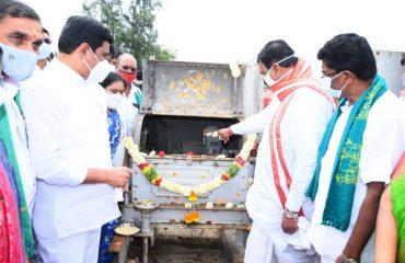 State Legislative Speaker Pocharam Srinivasareddy Garu and State Roads and Buildings Minister Vemula Prashanth Reddy Garu together released water for monsoon cultivation from the Nizamsagar project