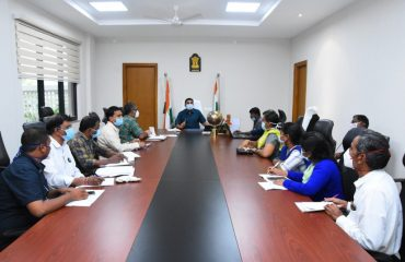The District Collector reviewed with the Medical Department officials on the Health Indicator