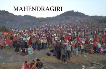 Public at Mahendragiri on eve of Shiva Ratri