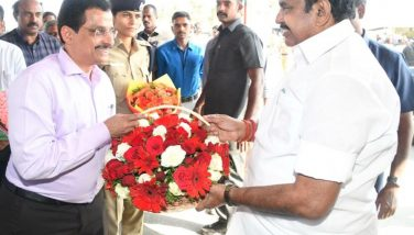Hon'ble Chief Minister of Tamilnadu welcome by The District Collector 1