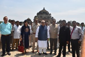 H.E. Governor of Bihar with other dignitaries at Sher Shah Suris Tomb