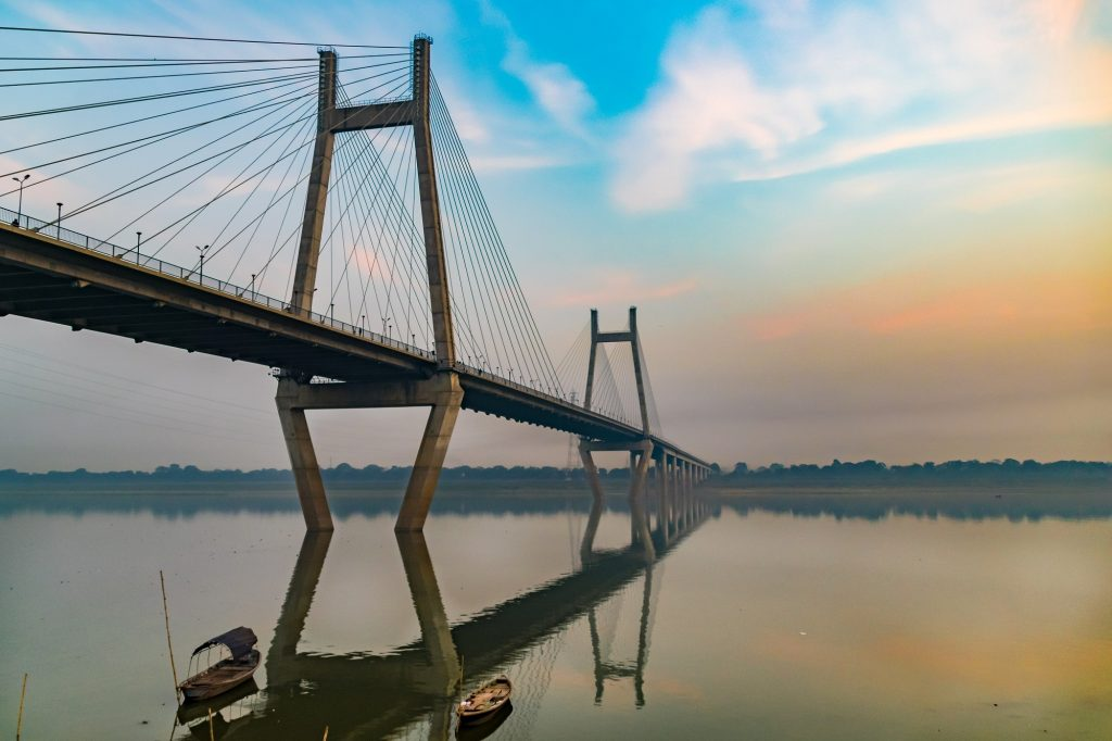 Side View of the New Yamuna Bridge