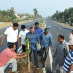 05-03-20 District Collector plantation at Chelluru to Rajapulova High way 3