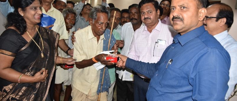 District Collector Distributing Hearing Machines on 19.07.2018