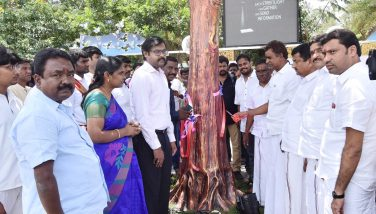 Coimbatore Corporation under Smart City mission a Golden tree contains Wifi facility Inaugurated by the Hon'ble Minister for Municipal Administration, Rural Development and Implementation of Special Programme Thiru. S.P. Velumani at V.OC.Ground, Coimbatore.