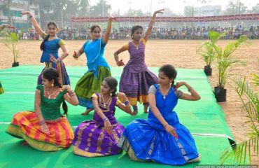 Classical dances by students
